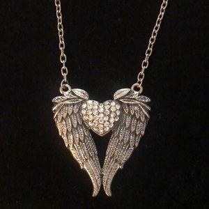 Jewelry - Heart w/wings long necklace